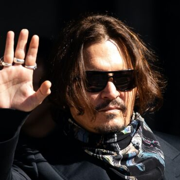 Johnny Depp discusses 'hard' year in Christmas message
